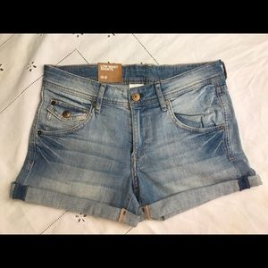 H&M Denim Low Waist Jean Cuff Shorts Sz 8